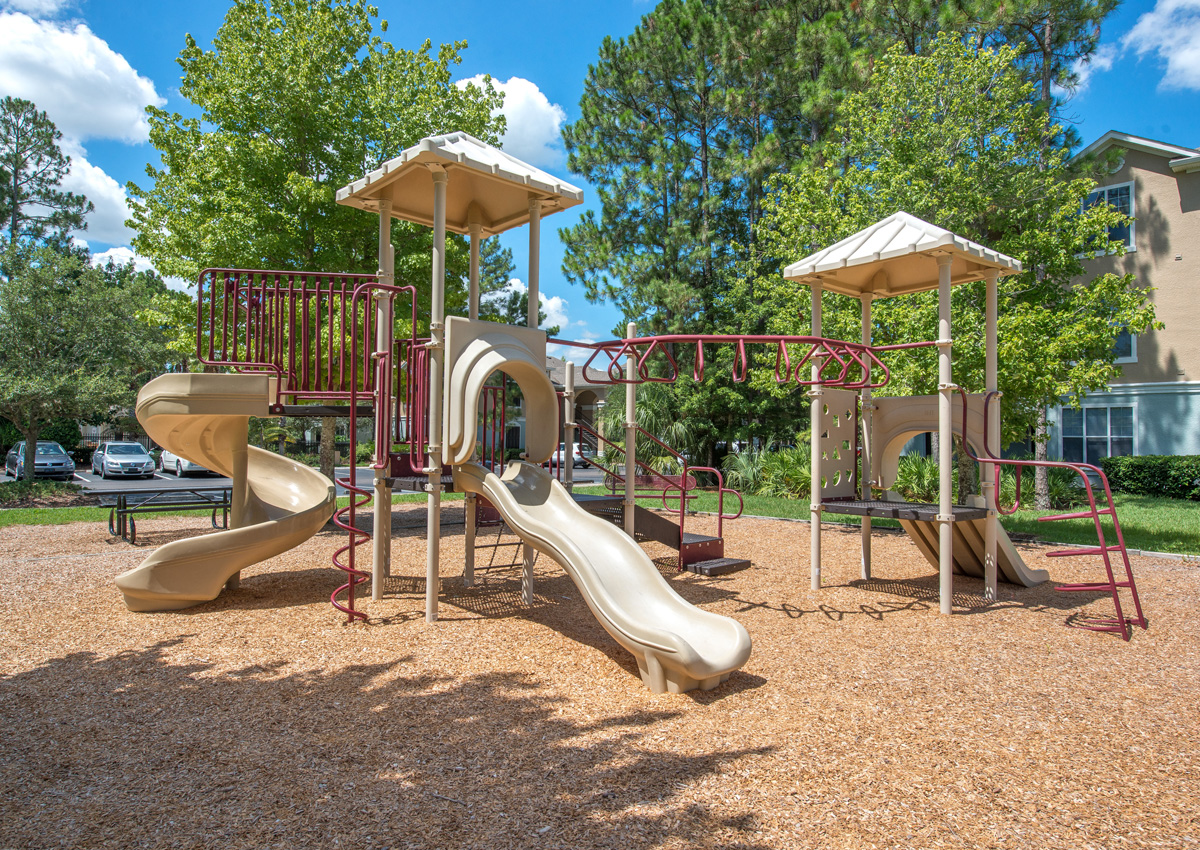 apartments-with-playground-for-kids