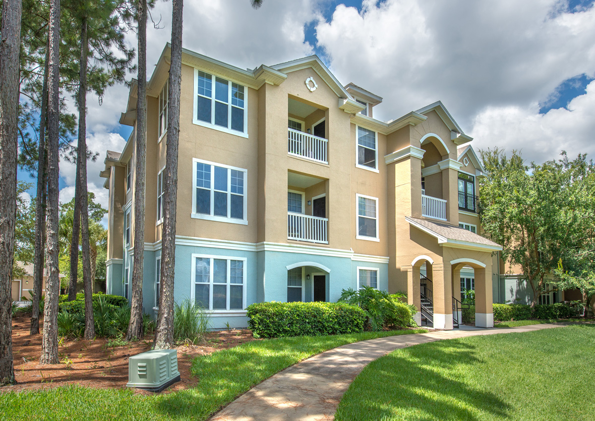 florida-lifestyle-luxury-apartments-in-jacksonville